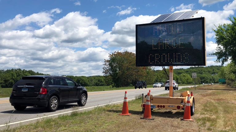 Connecticut puts up warnings as casinos reopen