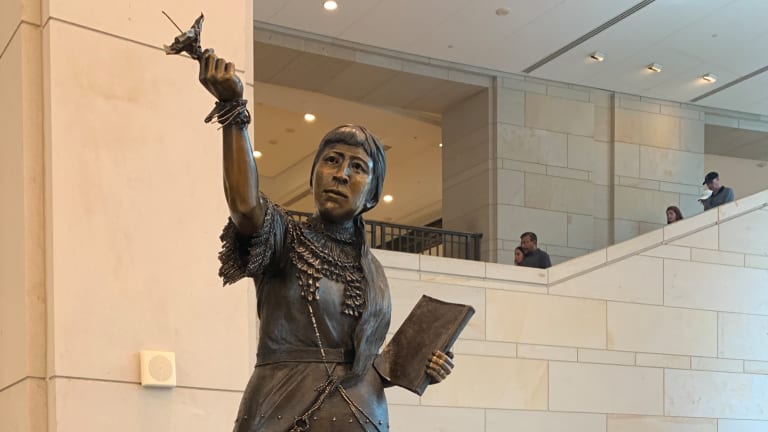 10 people whose statues should replace Columbus
