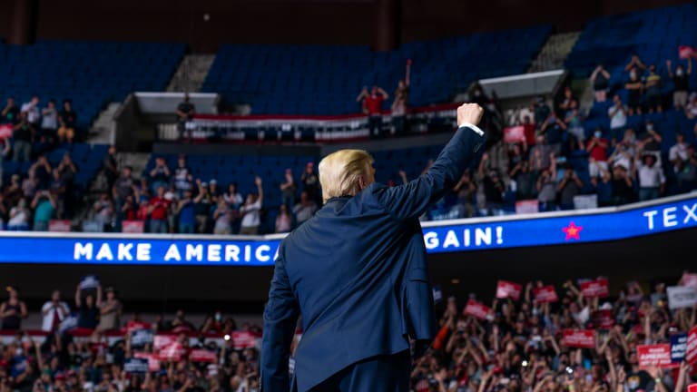 Trump rally features empty seats, virus cases among staff