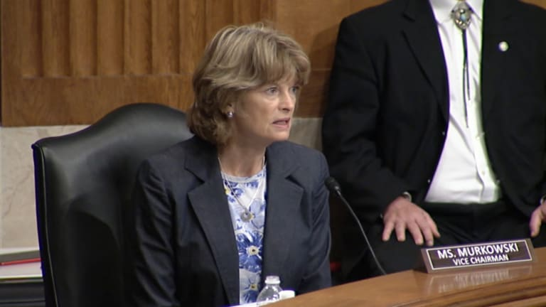 Vice Chairman Murkowski examines Native education systems during Indian Affairs Committee hearing