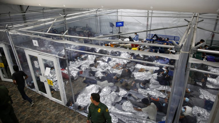 Panic attacks highlight stress at shelters for migrant kids