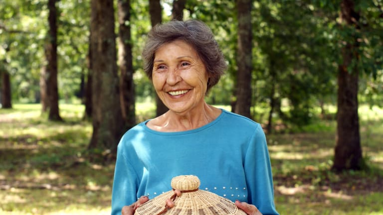 Cherokee national treasure Bessie Russell 'Weaving a Tradition' at Saline Courthouse Museum