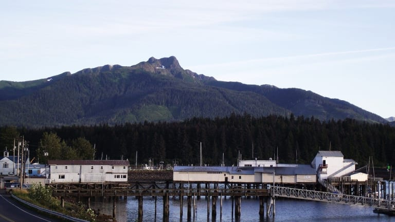 Hoonah Indian Association and Alaska Communications to provide gigabit internet service in Hoonah and Gustavus