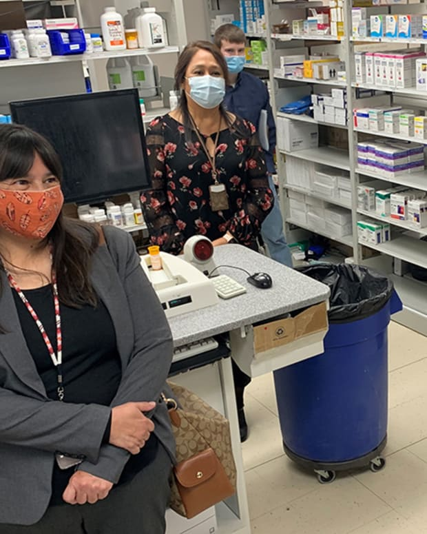 """""""Acting Director Elizabeth Fowler is visiting sites in the IHS Billings Area this week to highlight #COVID19 vaccination efforts in Montana. Thank you to our Billings Area team and our tribal and urban Indian organization partners for your work towards reaching community immunity."""" (Photo courtesy of Indian Health Service via Twitter)"""
