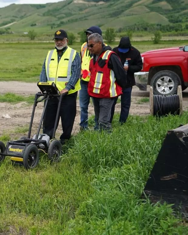Workers with ground penetrating radar on Cowessess First Nation in Saskatchewan, June 24, 2021. (Photo courtesy of Federation of Sovereign Indigenous Nations via APTN National News)