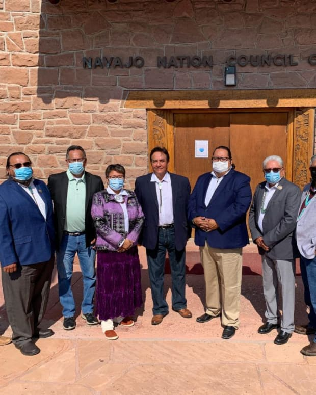 Pictured: Speaker Byrd and Rob Daugherty of the Cherokee Nation with members of the 24th Navajo Nation Council.
