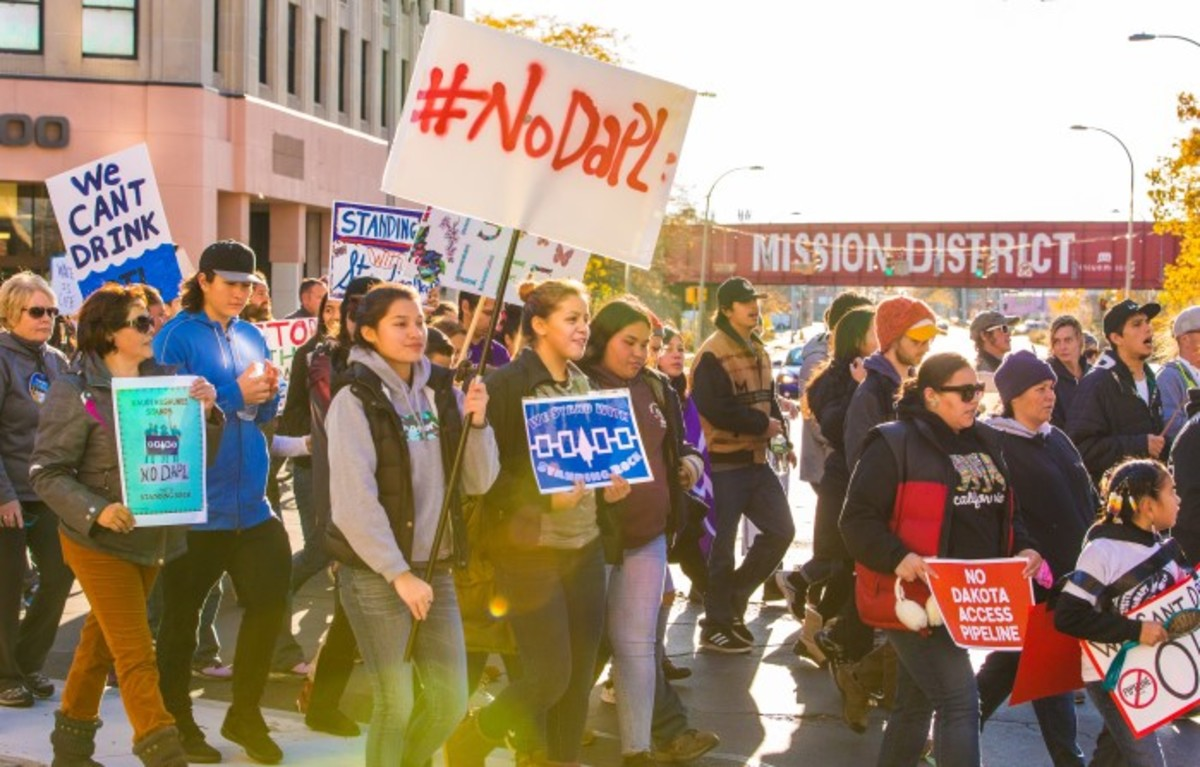 The Onondaga Nation lead a Standing Rock unity march 6 miles from their territory to Syracuse, NY in November. The march saw 1000 people take to the street to show solidarity with the water protectors. Photo-Alex Hamer