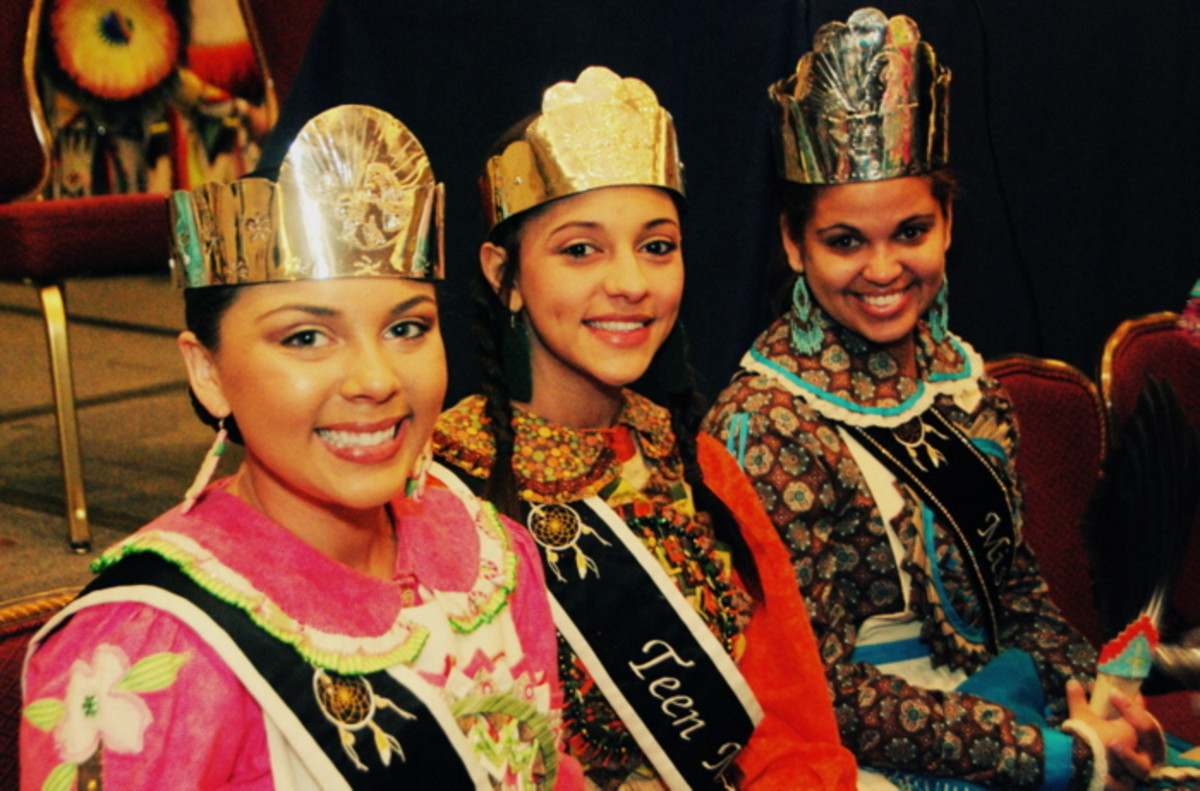 The friendly smiles of three Native princesses. Photo Vincent Schilling International Women's Day.