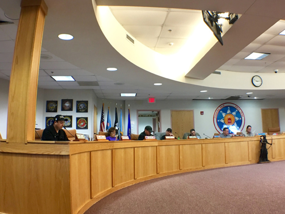 Standing Rock Tribal Council votes unanimously to close camps