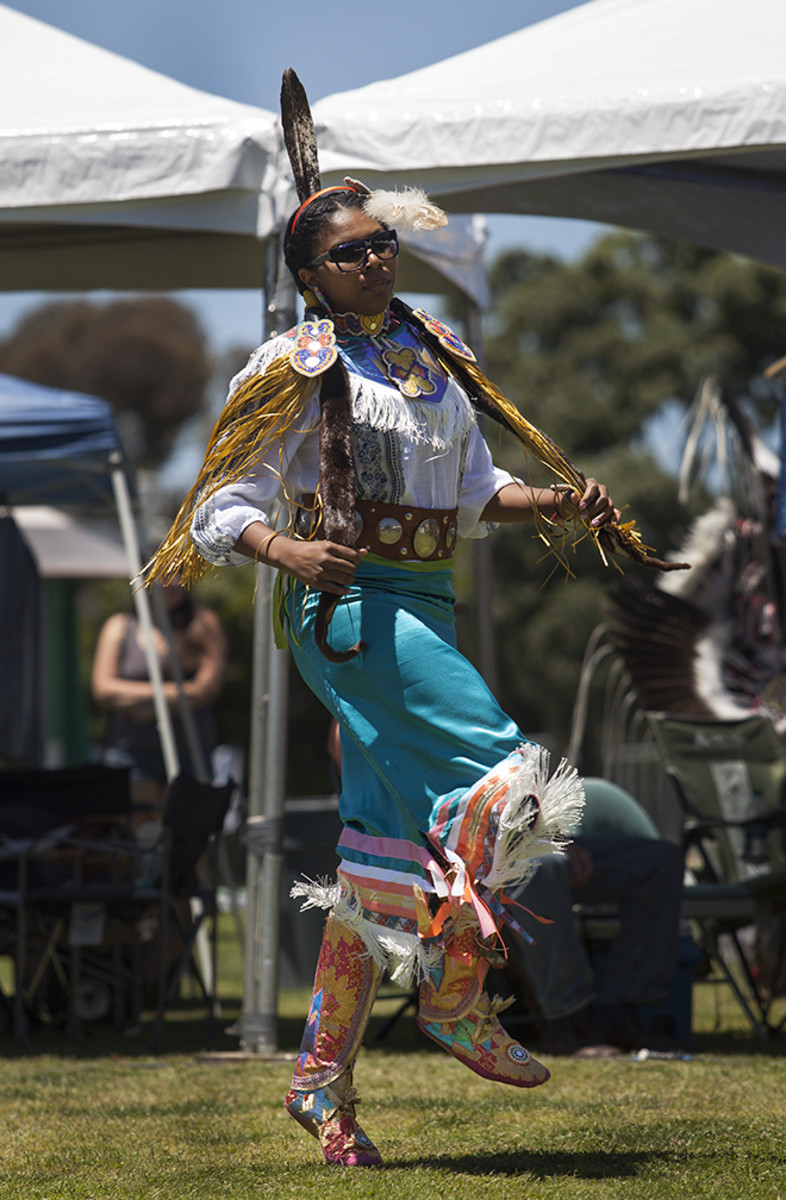 UCSD Pow Wow 2017: Fancy Shawl dancer Synnaye Walker, Omaha, does laps around the powwow circle during an early intertribal.