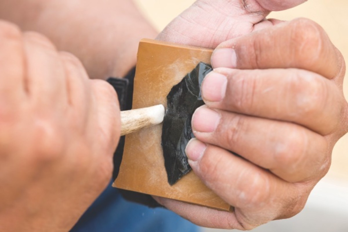 ICMN MAGAZINE_1_April_May_2017_Page_047B_A Point In Time_Flintknapping_After using a fist-sized hammerstone to rough out the piece obsidian