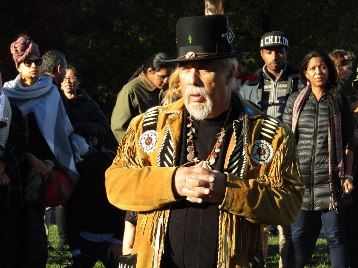 Ramapough Chief Dawine Perry hosting a ceremony at the gathering - Photo Cliff Matias