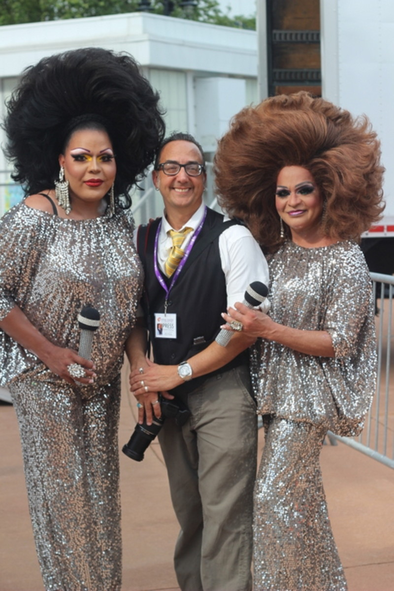 ICMN's own Vincent Schilling takes a moment to pose with two lovely performers at Hampton Roads Pride. Photo Courtesy Vincent Schilling