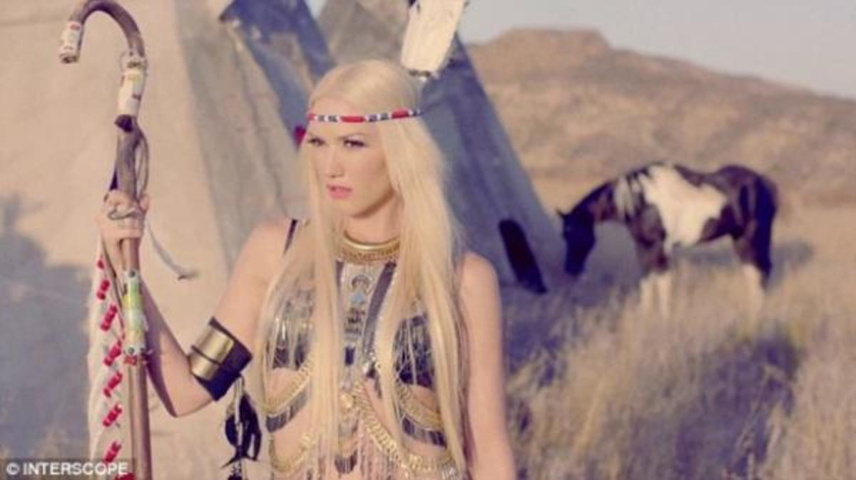"""No Doubt's Gwen Stefani in the video for """"Looking Hot."""""""