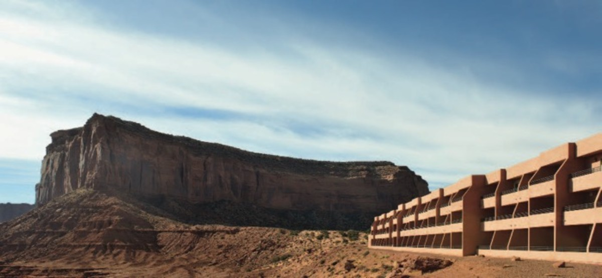 ICMN MAGAZINE_1_April_May_2017_Page_013_Indian Territory_Monument Valley_view hotel_courtesy