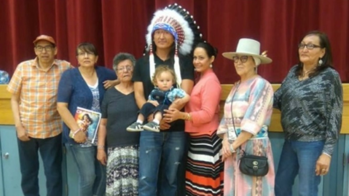 Eugene Brave Rock received a full headdress when returning home to the Blood Reserve in Alberta, Canada. Ramona Bighead/via CBC News