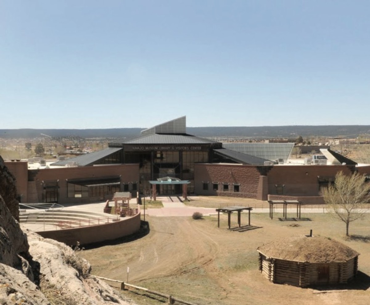 ICMN Issue #2 Master_singlepage_REPAGINATED_Page_041_Image_0003_FEAT Telling Own Story_Navajo National Museum_th