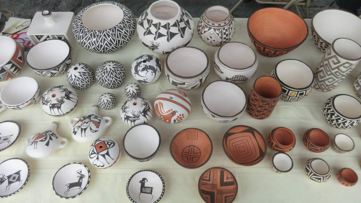 Acoma Pueblo pottery by Dolores Lewis, Carmel Lewis Haskaya and Emma Lewis Mitchell.