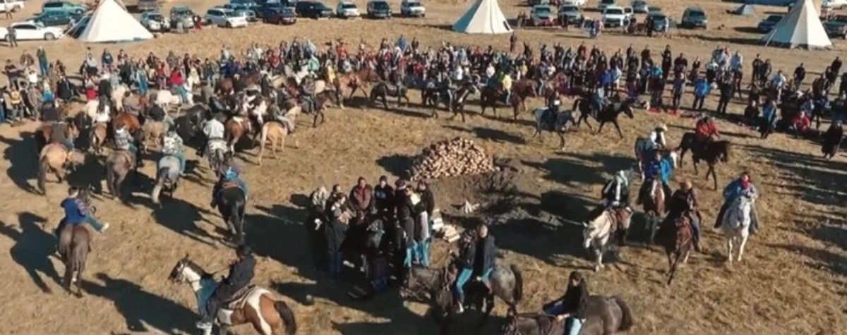 The Horse Nation arrives at the Horn to help heal the people in ceremony before the sacred Oceti Sakowin Fire is lit.