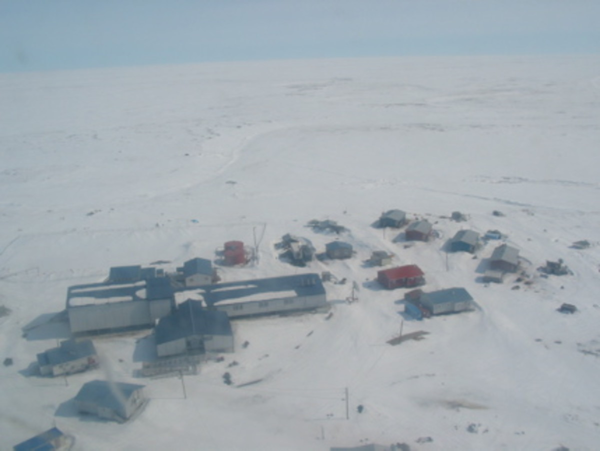 The village of Newtok, where Ayaprun Elitnaurvik School is located. A program in Bethel, Alaska—pictured here from the air—is helping Alaska teachers remove barriers to education.