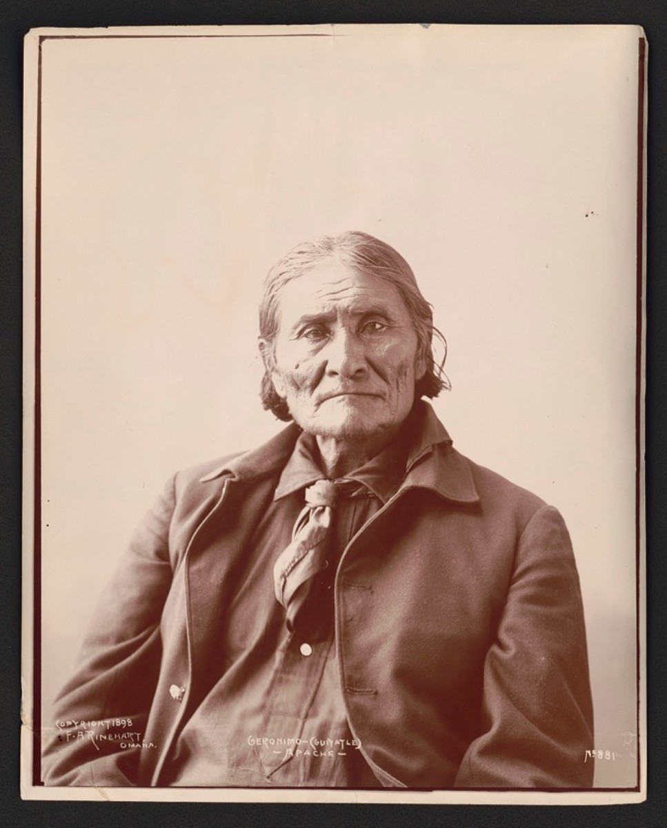Geronimo, 1898, photo by Adolph F. Muhr.