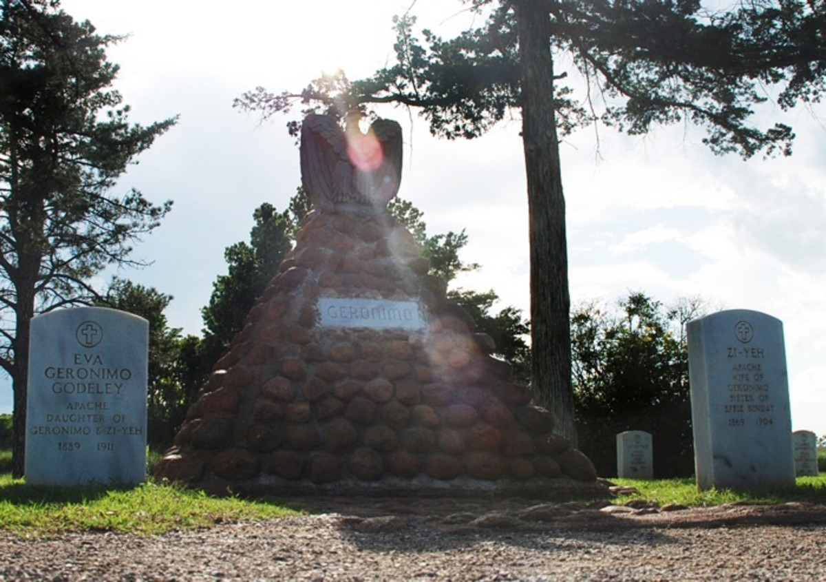 The grave of Geronimo is flanked by the graves of his family and those who fought alongside him during his life.