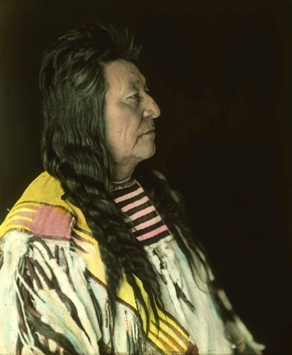 portraits, Crow Chief Plenty Coups. Early 1900s. Photo by Richard Throssel.