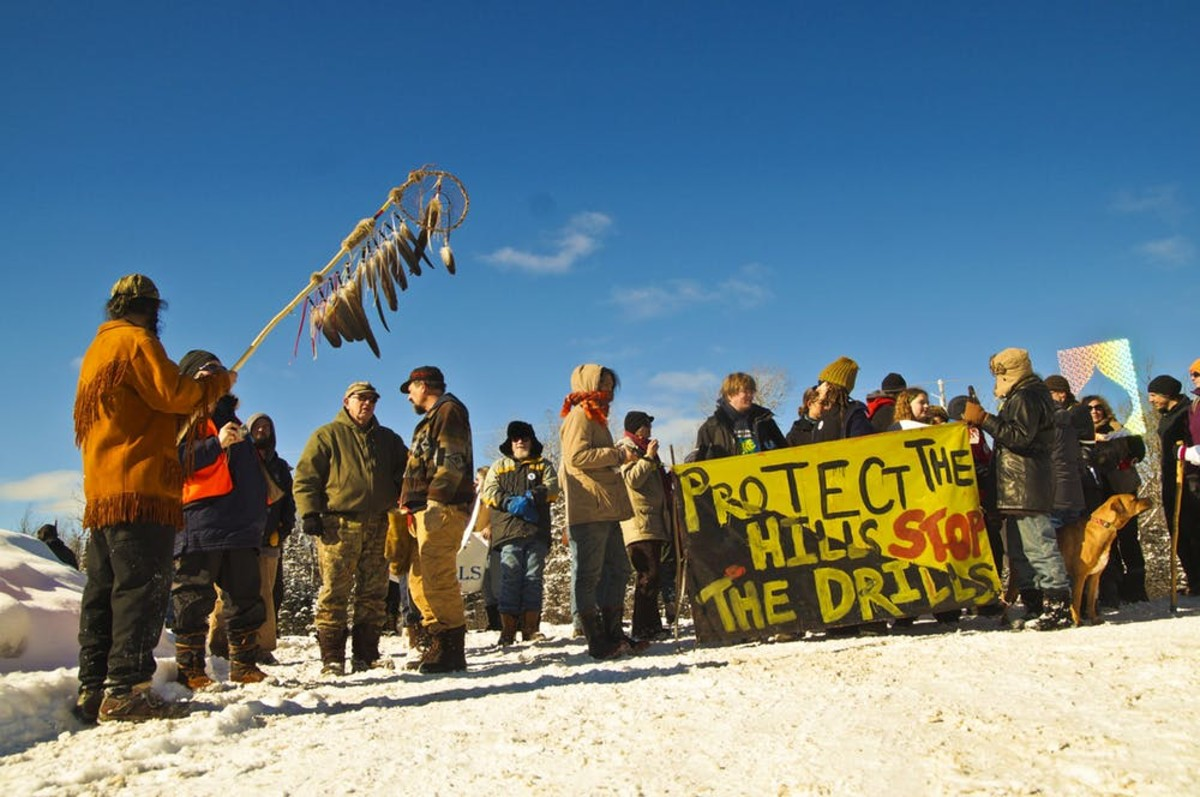 A 2014 protest against the Penokees mine near the Bad River Ojibwe Reservation in northern Wisconsin. (Photo: Joe Brusky/Flickr, CC BY-SA)
