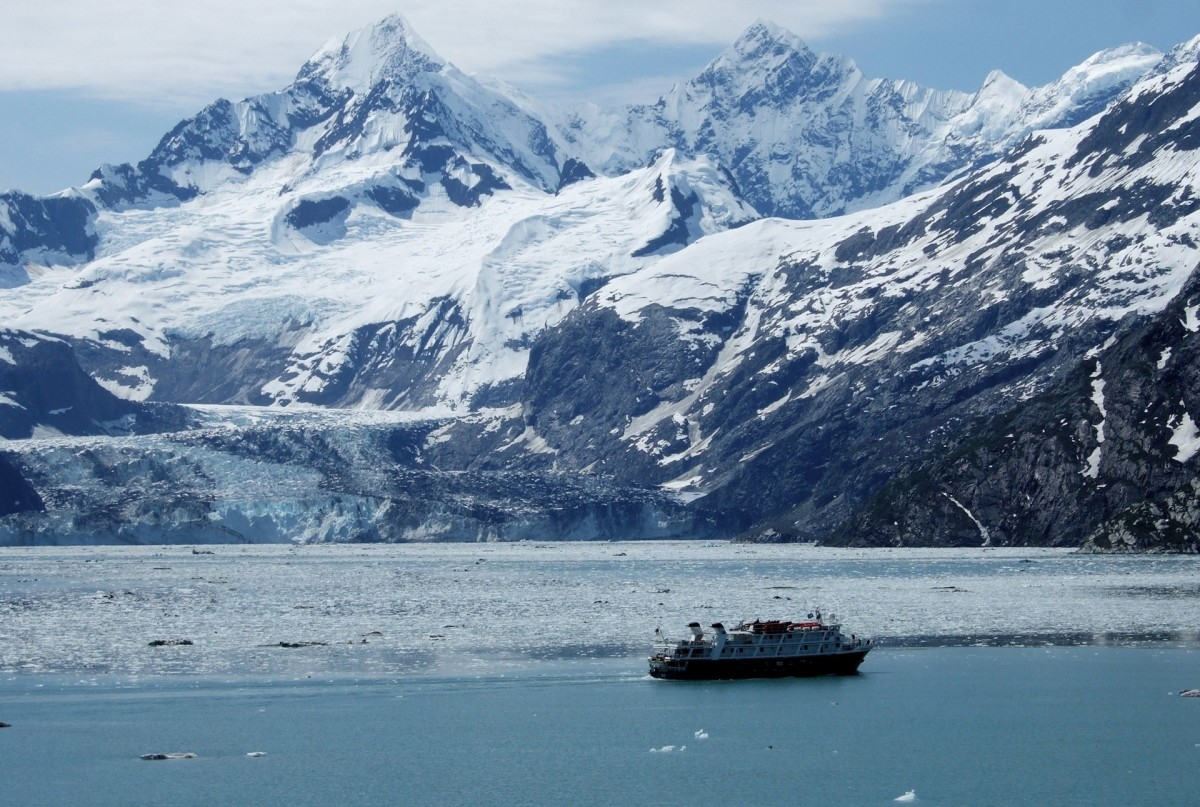 Alaska possesses significant natural wealth and beauty.