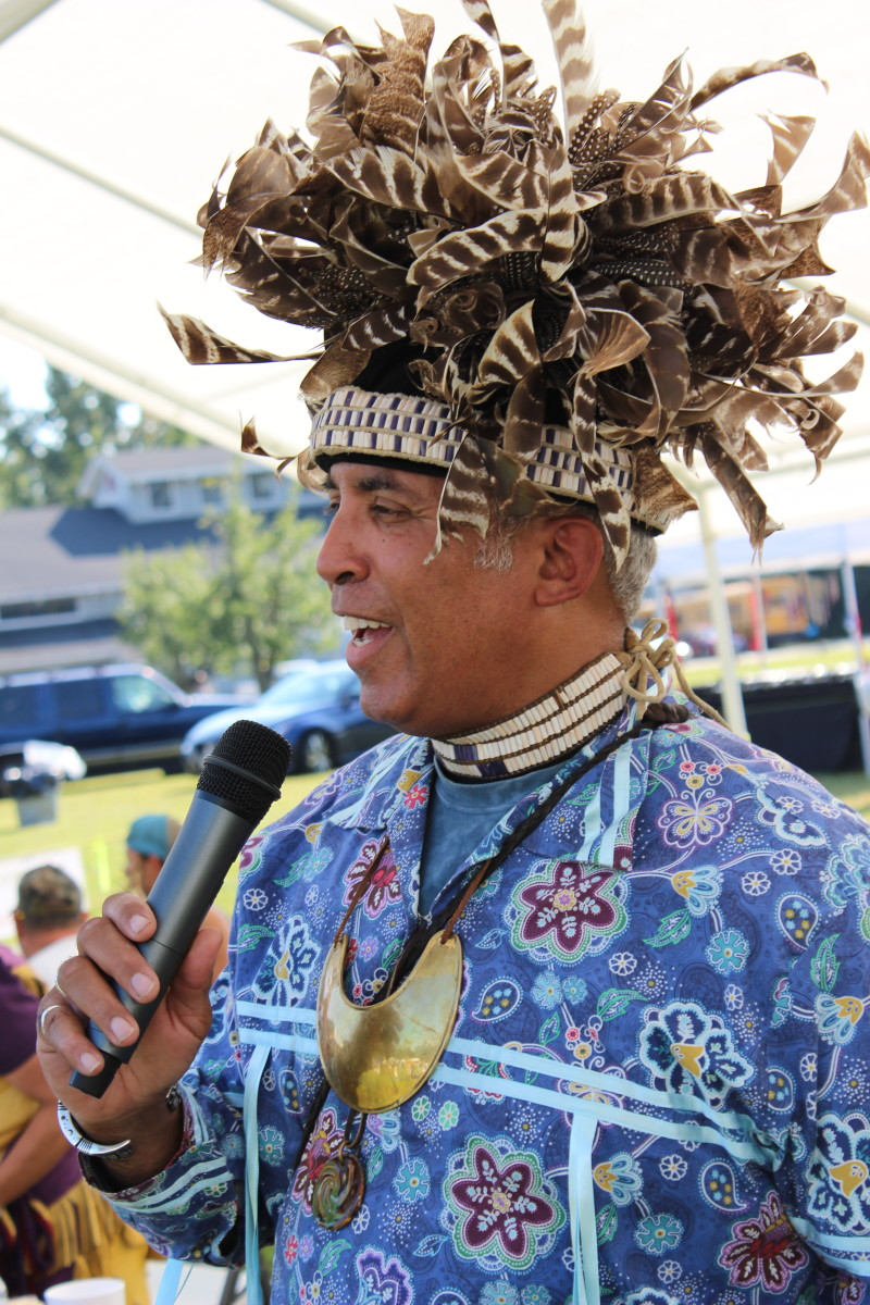 MC Rick Kelly, Nottoway Indian Tribe of VA, held it down at the Nottoway powwow - Photo: Vincent Schilling