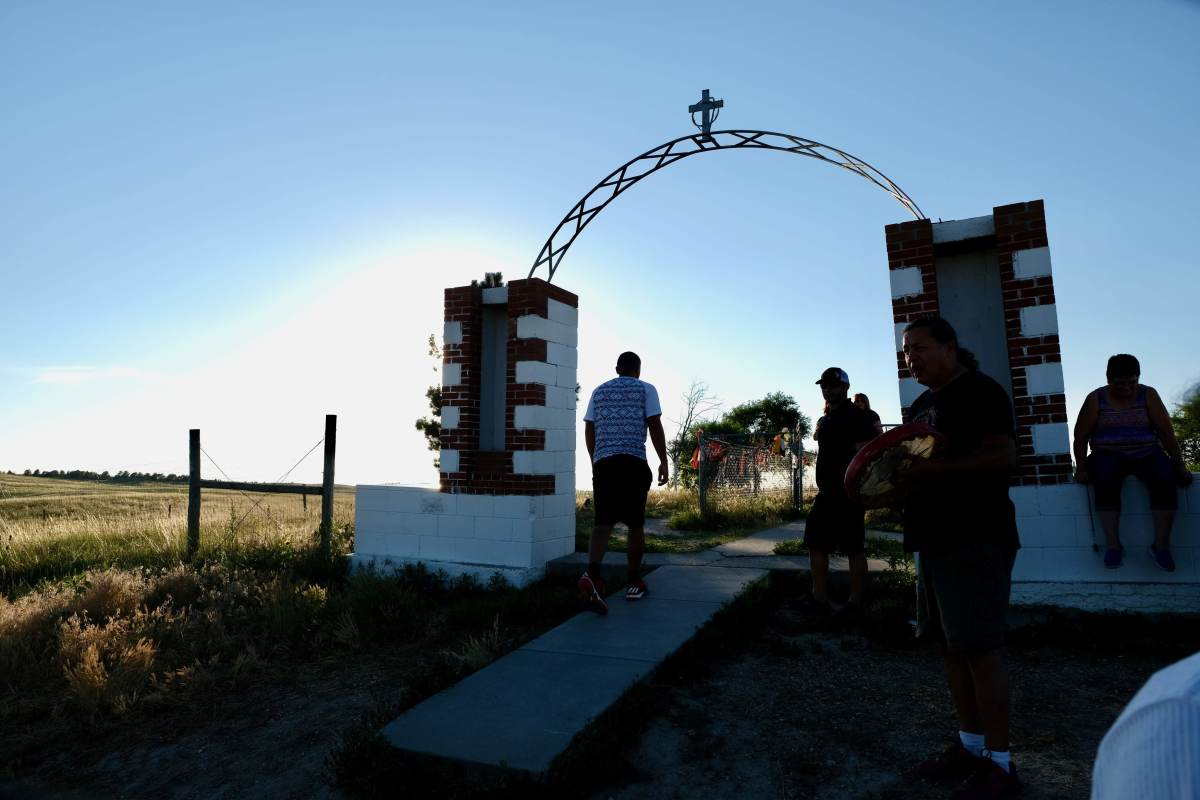 True Sioux Hope Foundation tour of Wounded Knee Cemetery 2017. (Photo by Mary Annette Pember.)