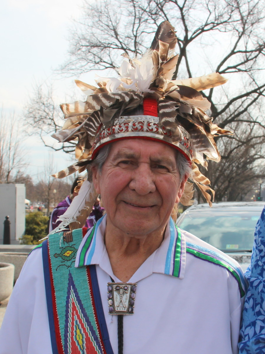 Oren Lyons outside of the White House in Washington DC prior to the celebration of the 222nd 1794 Canandaigua Treaty. (Photo: Vincent Schilling)