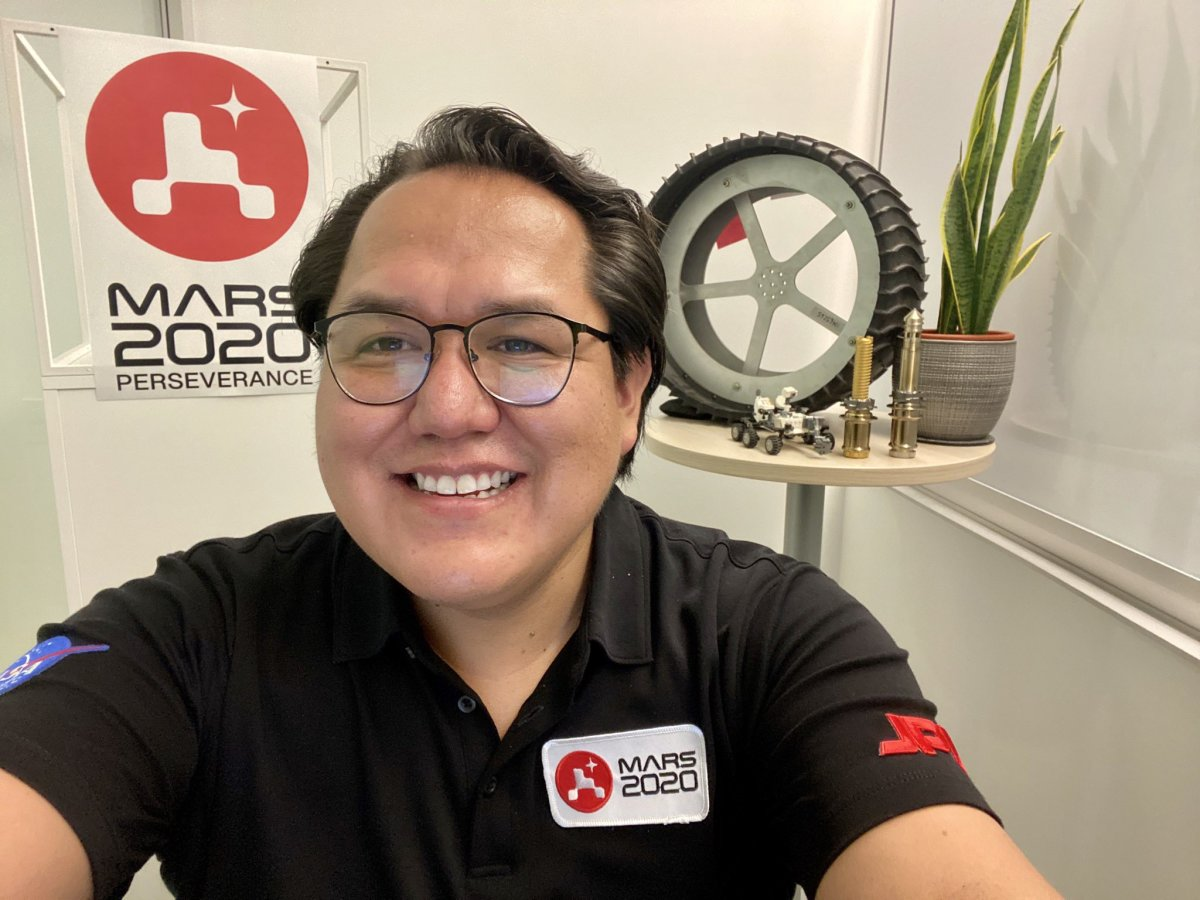 """""""Just completed a rapid fire of 8 radio, tv, and podcast interviews about @NASAPersevere! What an adrenaline rush. Also do you like my make-shift studio??"""" (Aaron Yazzie via Twitter)"""