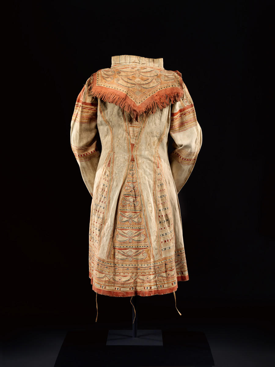 Man's coat, 1820 Innu, Diker Collection (Photo courtesy of the Met)