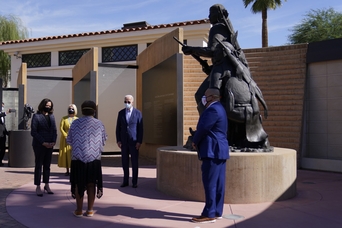 Democratic presidential candidate former Vice President Joe Biden, vice presidential candidate Sen. Kamala Harris, D-Calif., and Cindy McCain visit the American Indian Veterans National Memorial with tribal leaders and veterans at Heard Museum in Phoenix, Thursday, Oct. 8, 2020. (AP Photo/Carolyn Kaster)
