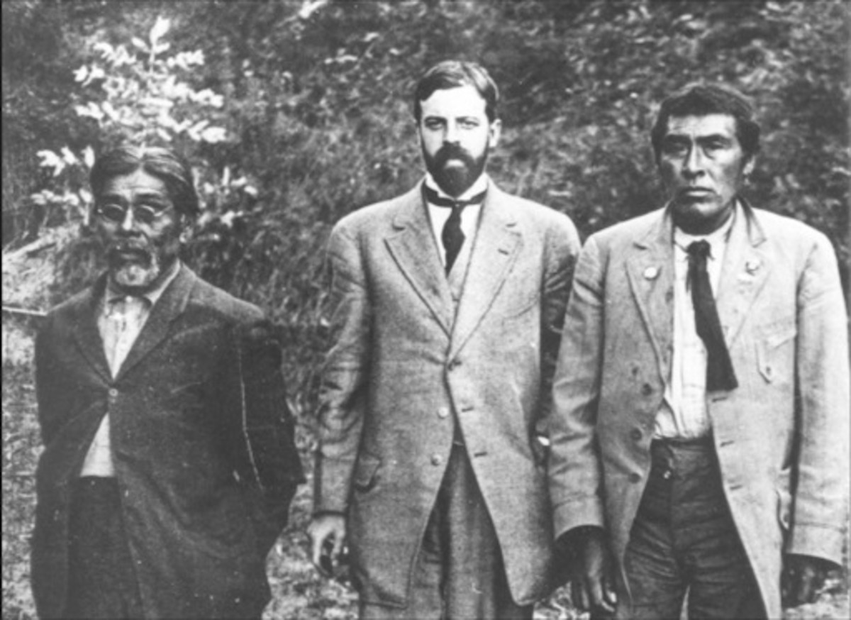 Anthropologist Alfred Kroeber (center) is shown with an Indigenous man he named Ishi, right, and Yahi translator Sam Batwai. The photo was taken in 1911 in San Francisco, near what was then known as the University of California Museum of Anthropology. Ishi lived and worked in the museum until he died of tuberculosis in 1916. (Photo courtesy of UC San Francisco History Collection)