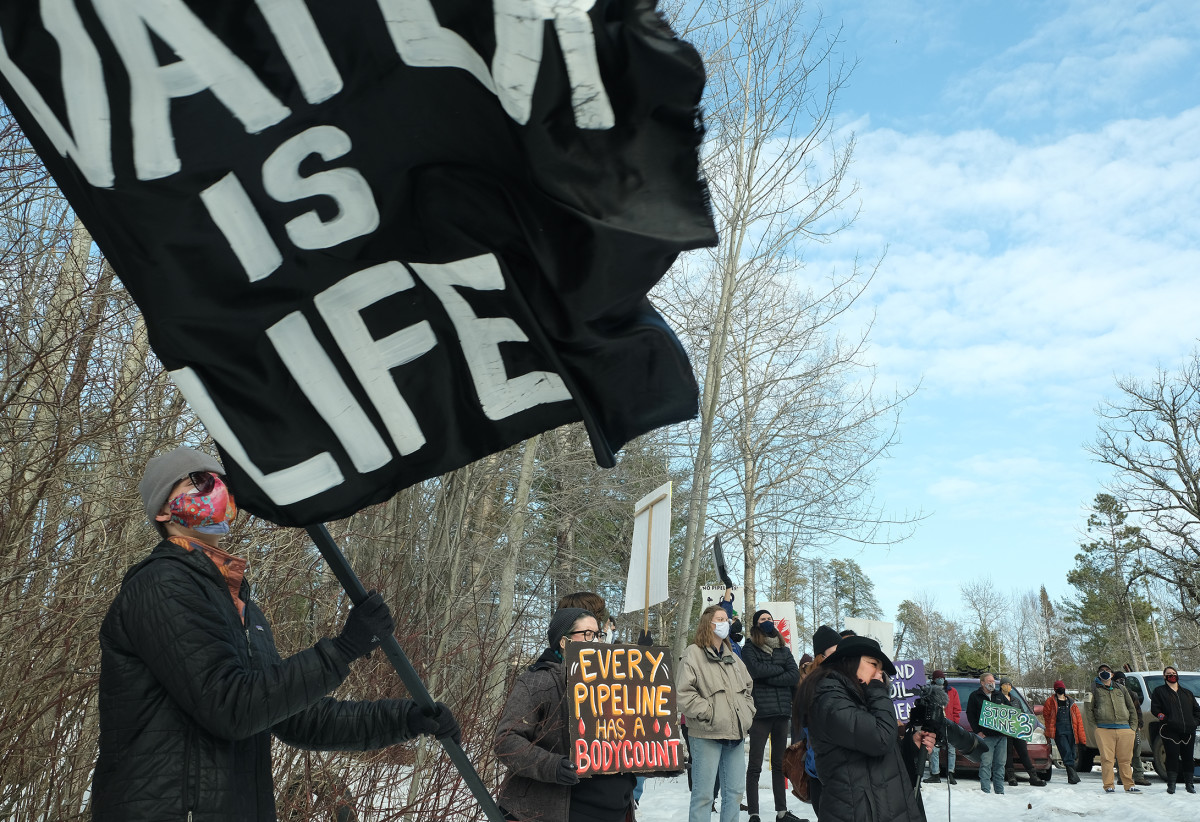 Water protectors rally against Line 3 in Grand Rapids, Minnesota. (photo by Mary Annette Pember)