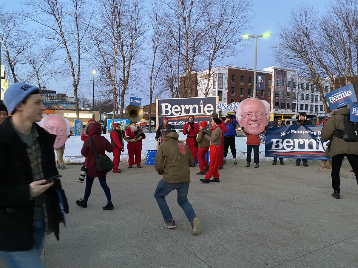 Bernie Sanders supporters show their support outside of Southern New Hampshire University at the Democratic Party's Annual Mcintyre-Shaheen Dinner on Feb. 8. (Photo by Darrell Cunningham)