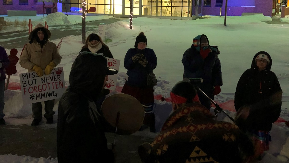 Supporters of life stand in solidarity for the MMIW movement. (Photo by Hannah Schmidt)