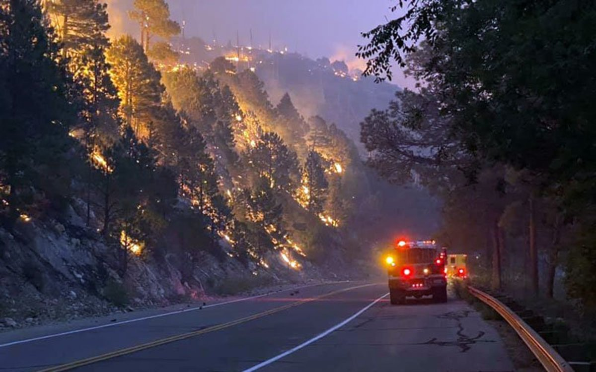 More than 800 personnel are working to contain the Bighorn Fire. During a Thursday evening briefing, fire managers said calmer conditions, meant they were able to make progress around the Summerhaven area. (Photo courtesy Chris Ader)