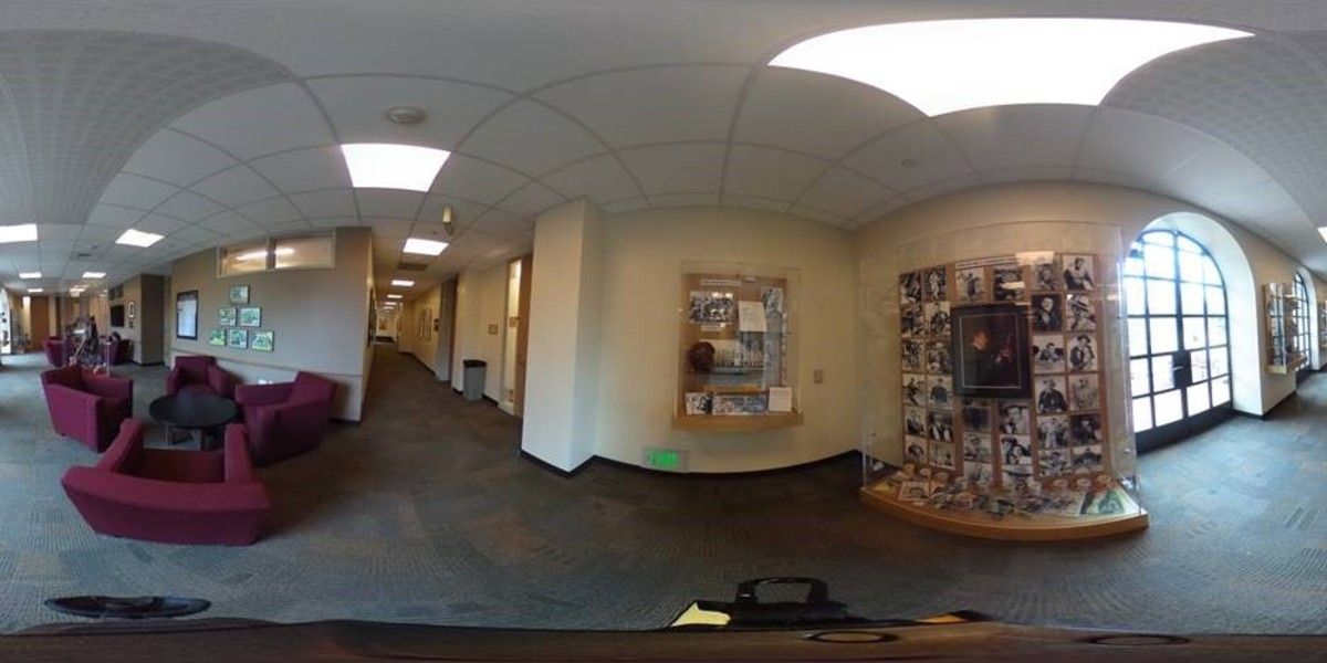 360 images of the John Wayne Exhibit