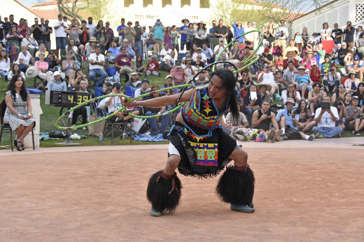 Nakotah LaRance competing in the Heard Museum World Championship Hoop Dance Contest (Photo courtesy of Heard Museum)