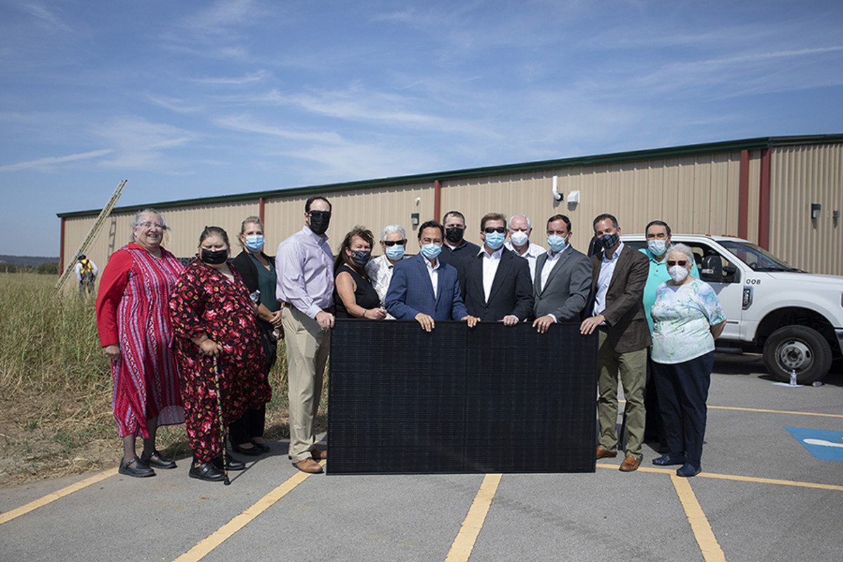 Pictured: Cherokee Nation Principal Chief Chuck Hoskin Jr., Deputy Chief Bryan Warner, Secretary of Natural Resources Chad Harsha and Tribal Councilor Dora Patzkowski join Cherokee citizens from the Washington County Cherokee Association to celebrate the installation of solar panels.