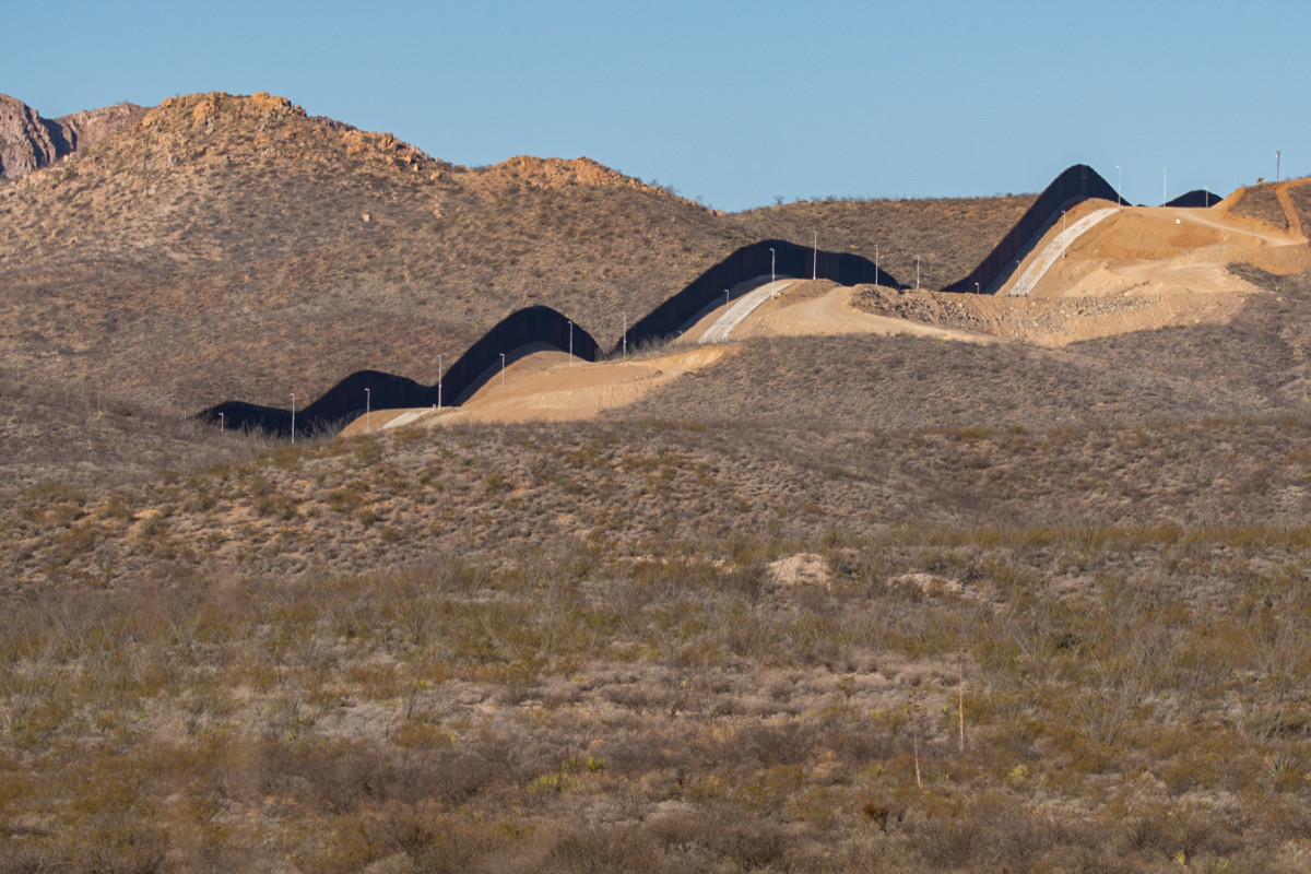 The Trump administration constructed more than 200 miles of border barrier in Arizona, updating old barriers and creating about 55 miles of new barrier. (Photo by Isaac Stone Simonelli/Cronkite Borderlands Project)