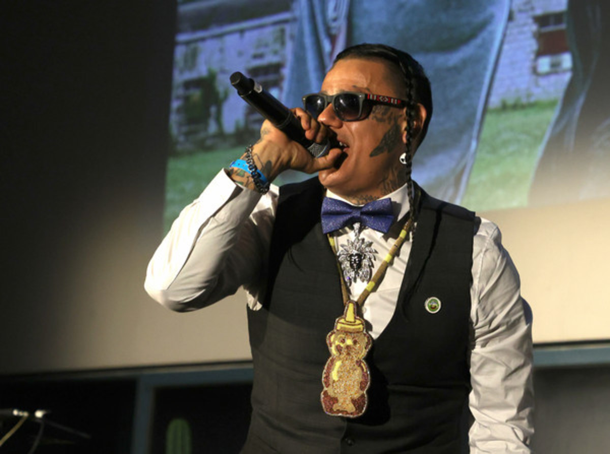 """Sten Joddi performing at the premiere of """"Reservation Dogs"""" (Courtesy image FX/Hulu)"""